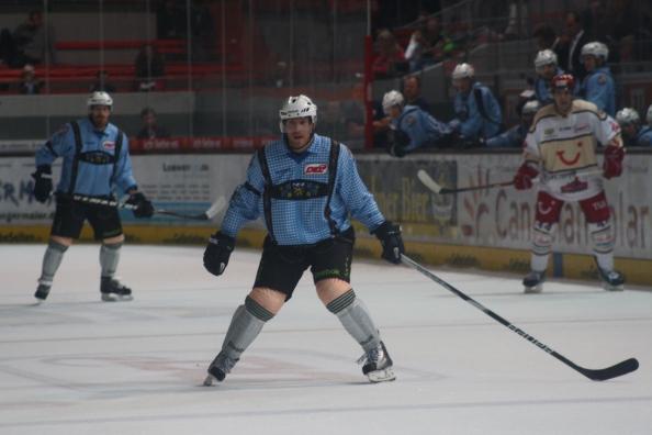 Eishockey_2011-2012_02_EHC München-Hannover. Foto: BLOGpunkt Sport.