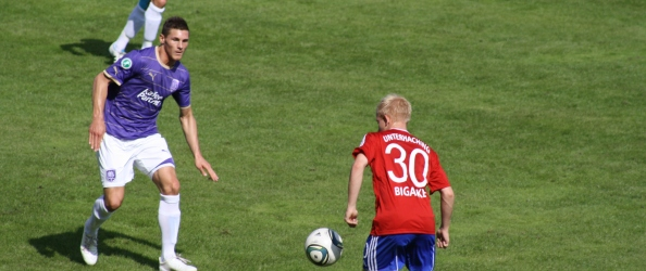 Fußball 2011-12 SpVgg Unterhaching 11 Haching-Osnabrück Bigalke. Foto: BLOGpunkt Sport.