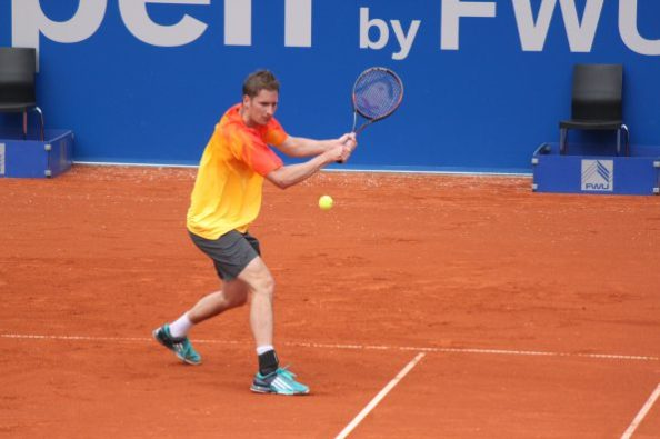 Tennis 2016 BMW Open Florian Mayer Rückhand; Foto: Fessler, Bayerischer Tennis-Verband/BTV